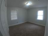 608 Hyde Park Place - Photo 11