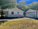 427 Valley View Drive - Photo 3