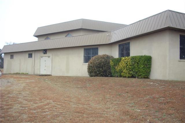 614 Cavan Road, Duncanville, TX 75116 (MLS #13383103) :: Team Hodnett