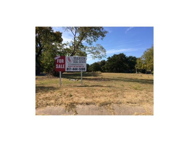 925 Boyd Road, Azle, TX 76020 (MLS #13603797) :: Team Tiller