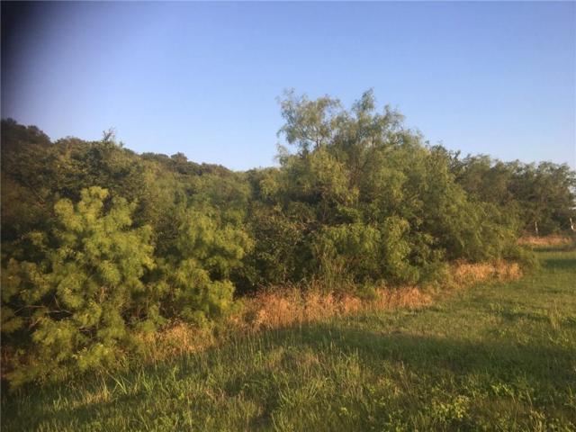 700 Lake Ridge Parkway, Cedar Hill, TX 75104 (MLS #13605336) :: The FIRE Group at Keller Williams