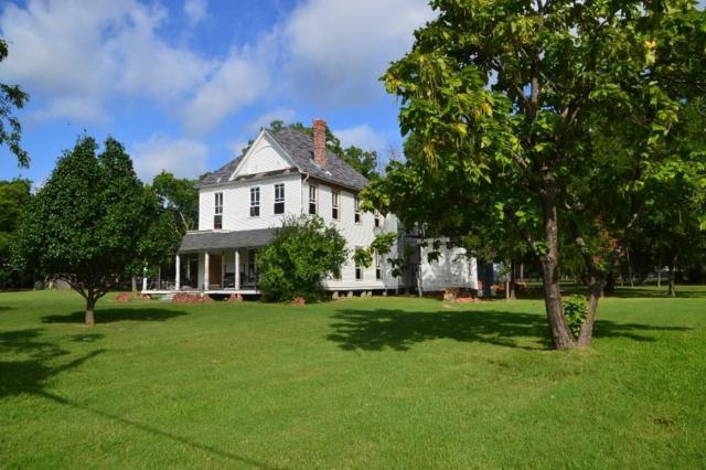 306 S Center Street, Forney, TX 75126 (MLS #13614553) :: Team Hodnett