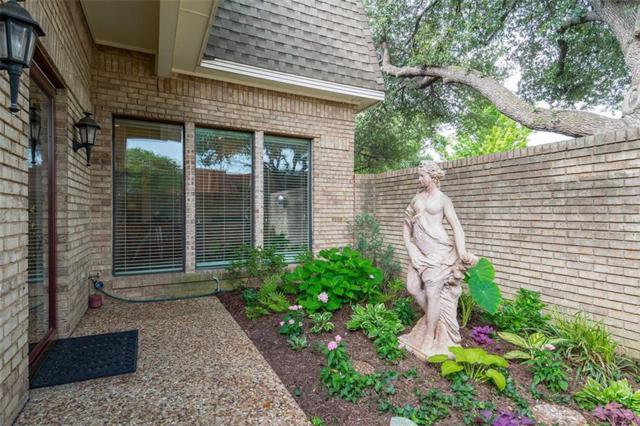 3010 Stonehenge Lane, Carrollton, TX 75006 (MLS #13616054) :: Exalt Realty