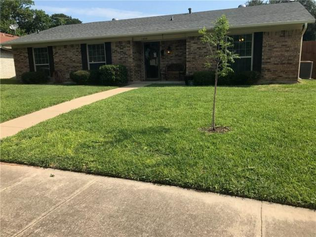 1409 Evergreen Drive, Lewisville, TX 75067 (MLS #13631850) :: Team Tiller