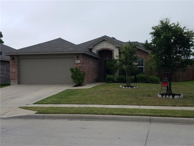 405 Emerald Creek Drive, Fort Worth, TX 76131 (MLS #13632039) :: Century 21 Judge Fite Company