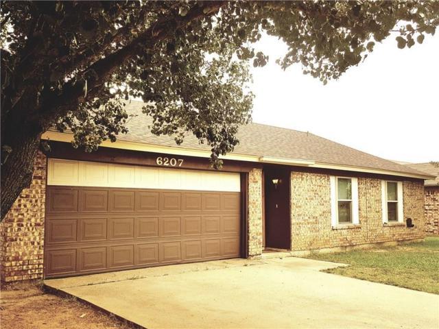 6207 Hott Springs Drive SW, Arlington, TX 76001 (MLS #13632331) :: RE/MAX Elite