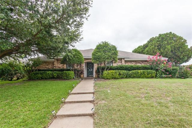 1900 Middle Glen Drive, Carrollton, TX 75007 (MLS #13633618) :: Robbins Real Estate