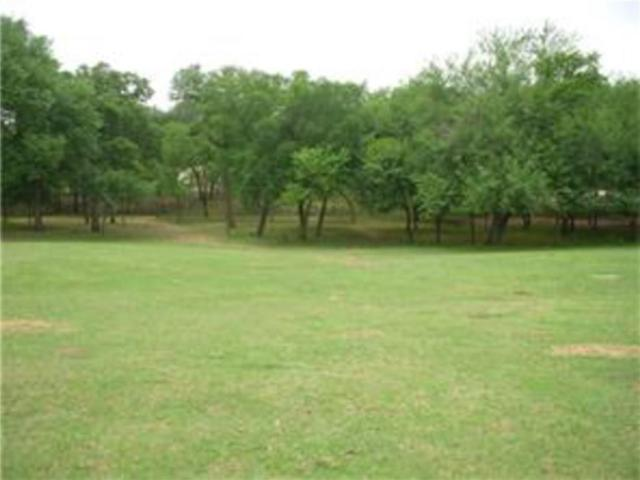 593 Country Court, Bartonville, TX 76226 (MLS #13643955) :: RE/MAX Elite