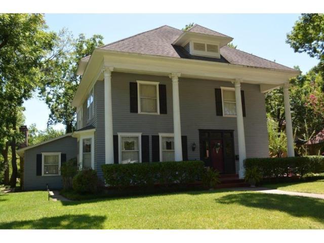 901 W Marvin Avenue, Waxahachie, TX 75165 (MLS #13647779) :: Team Hodnett