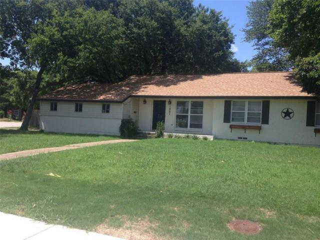 1801 Spring Avenue, Carrollton, TX 75006 (MLS #13650320) :: The Real Estate Station