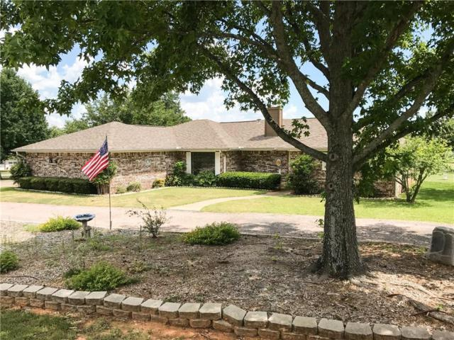 201 Cayuga Trail, Lake Kiowa, TX 76240 (MLS #13652558) :: Van Poole Properties