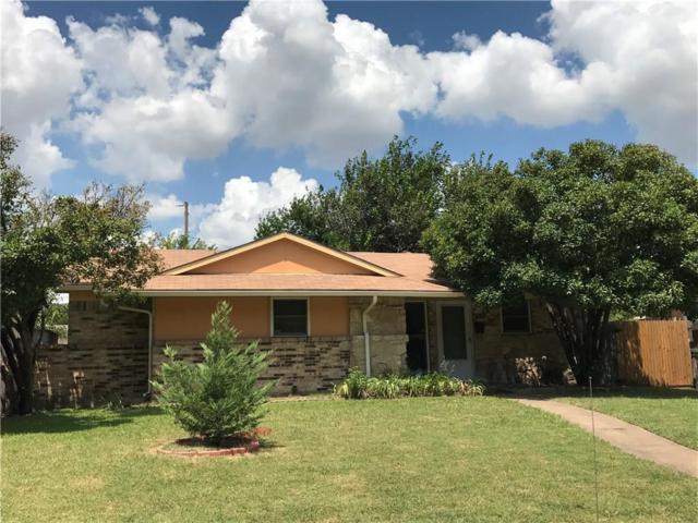 1721 Debbie Drive, Plano, TX 75074 (MLS #13653100) :: MLux Properties