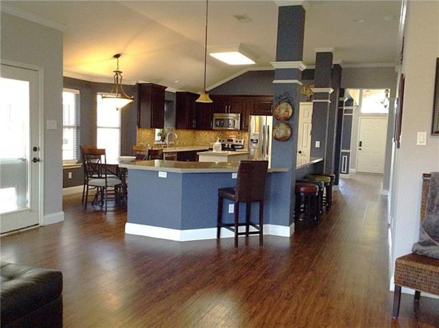 1116 Valley Oaks Drive, Lewisville, TX 75067 (MLS #13656423) :: Kindle Realty
