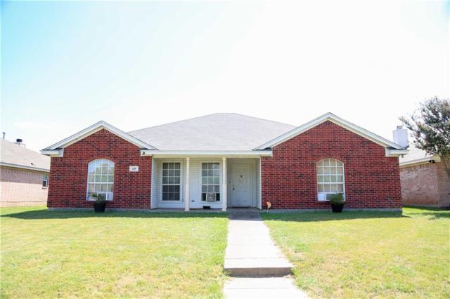 659 NW Summercrest Boulevard, Burleson, TX 76028 (MLS #13657204) :: MLux Properties