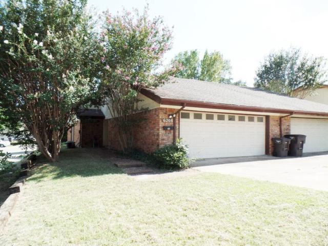 6208 Post Oak Terrace, Fort Worth, TX 76112 (MLS #13658033) :: MLux Properties