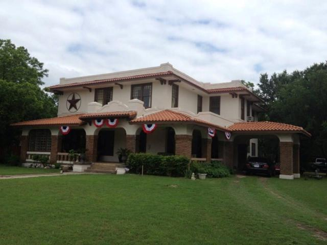 1306 E California Street E, Gainesville, TX 76240 (MLS #13663676) :: Team Hodnett