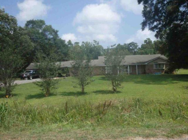 415 County Road 443, Dayton, TX 77535 (MLS #13665329) :: RE/MAX Town & Country
