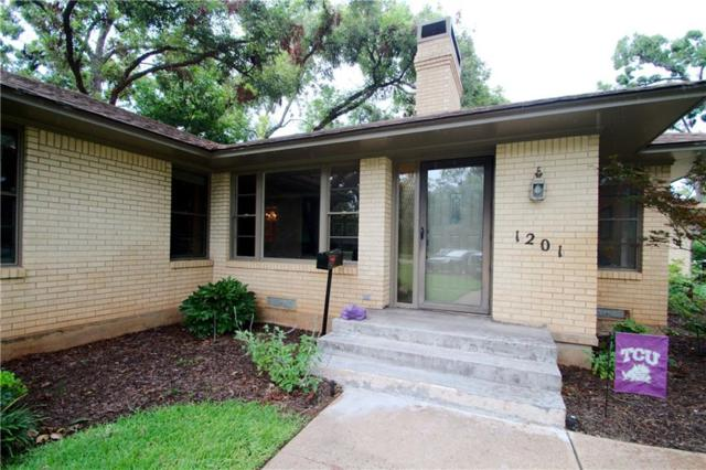 1201 W Park Row Drive, Arlington, TX 76013 (MLS #13671191) :: Pinnacle Realty Team