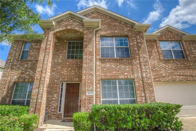 424 N Waterford Oaks Drive, Cedar Hill, TX 75104 (MLS #13671797) :: RE/MAX Pinnacle Group REALTORS