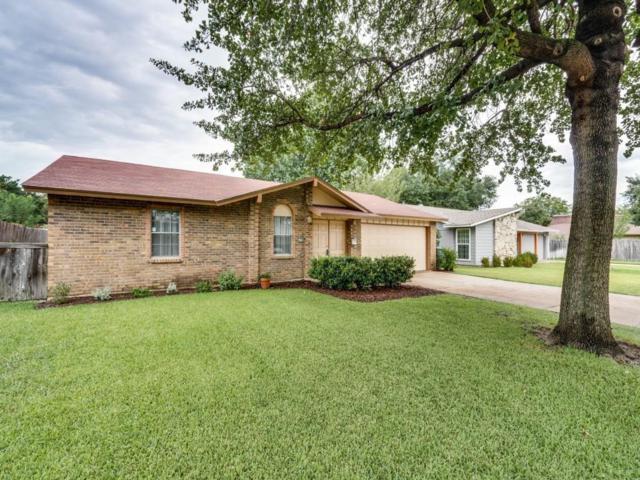1703 Summit Drive, Carrollton, TX 75006 (MLS #13673966) :: The Good Home Team