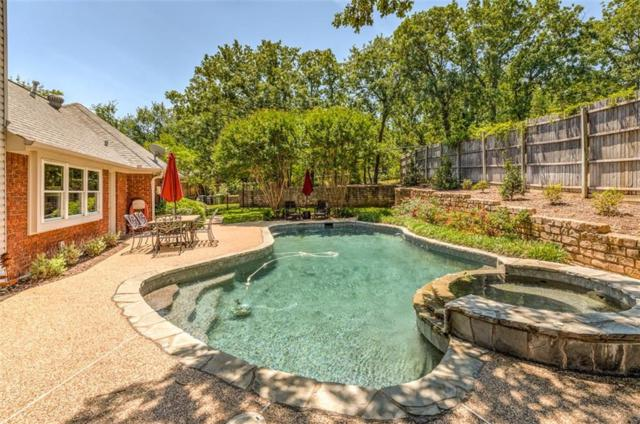 3253 Oak Tree Lane, Grapevine, TX 76051 (MLS #13674438) :: Frankie Arthur Real Estate