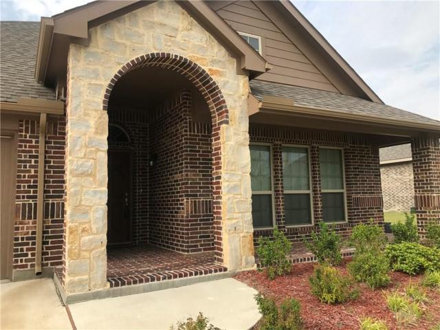 1113 Crest Ridge Drive, Glenn Heights, TX 75154 (MLS #13675316) :: Pinnacle Realty Team