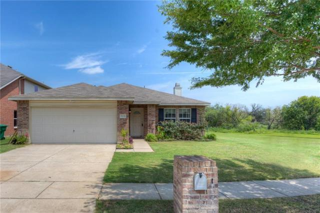 5905 English Manor Road, Denton, TX 76210 (MLS #13675709) :: Real Estate By Design