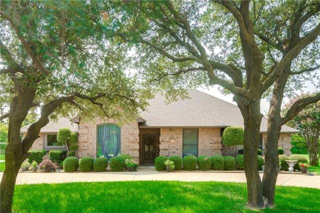 916 Crystal Lane, Crowley, TX 76036 (MLS #13688827) :: Potts Realty Group