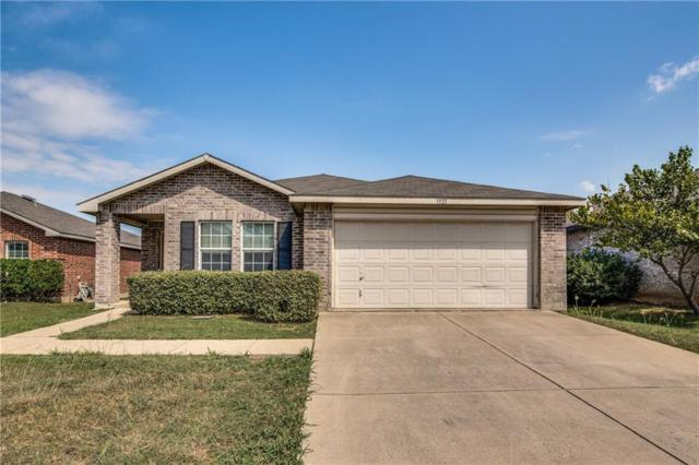 1921 Elk Lake Trail, Fort Worth, TX 76247 (MLS #13692320) :: Kindle Realty