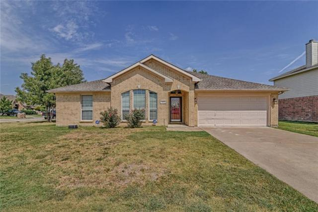 4411 Ashbury Lane, Mansfield, TX 76063 (MLS #13696472) :: Exalt Realty