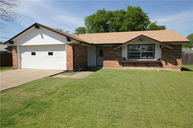 608 E Gee Street, Pilot Point, TX 76258 (MLS #13696912) :: Kimberly Davis & Associates