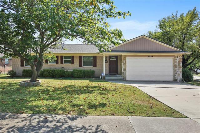 2904 Mark Twain Drive, Farmers Branch, TX 75234 (MLS #13697182) :: Robbins Real Estate