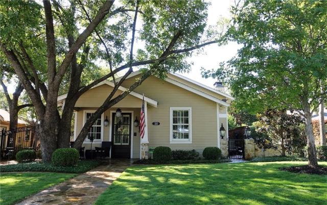 310 E College Street, Grapevine, TX 76051 (MLS #13697989) :: The Rhodes Team