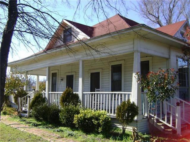 401 N 1st Street, Coolidge, TX 76635 (MLS #13701267) :: Team Hodnett