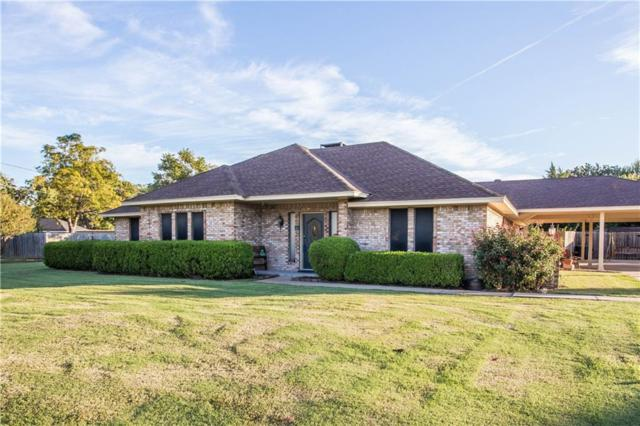 304 Chad Lane, Red Oak, TX 75154 (MLS #13709588) :: RE/MAX Preferred Associates