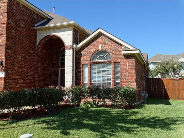 312 Larkspur Court, Grand Prairie, TX 75052 (MLS #13713790) :: RE/MAX