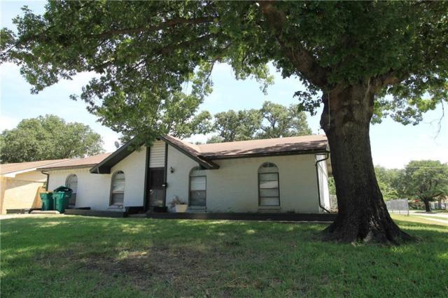 1074 Winterwood Drive, Lewisville, TX 75067 (MLS #13714959) :: Real Estate By Design
