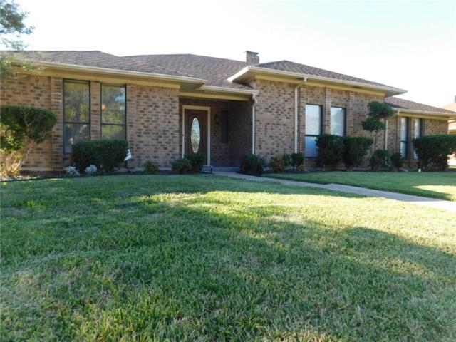 2225 Country Valley Road, Garland, TX 75041 (MLS #13715565) :: The Good Home Team