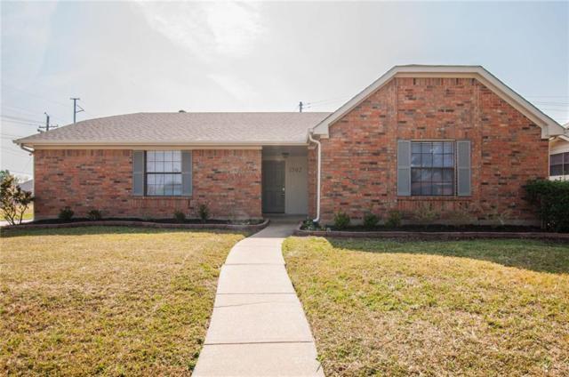 1502 Glenmore Drive, Lewisville, TX 75077 (MLS #13716210) :: Frankie Arthur Real Estate