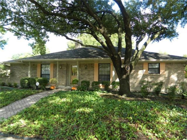 217 Hacienda Drive, Waxahachie, TX 75165 (MLS #13716947) :: Pinnacle Realty Team