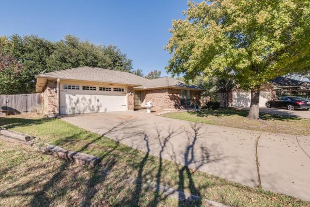 5 Hastings Court, Mansfield, TX 76063 (MLS #13725261) :: The FIRE Group at Keller Williams