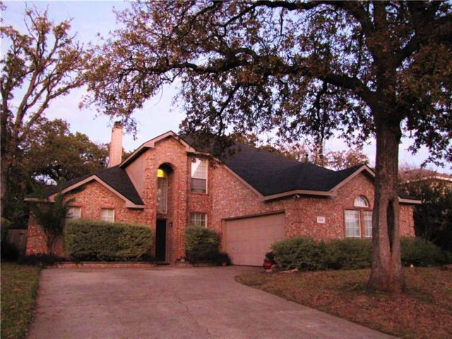525 Oakbrook Drive, Burleson, TX 76028 (MLS #13731827) :: The Mitchell Group