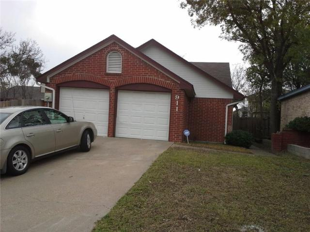 911 Gable Avenue, Duncanville, TX 75137 (MLS #13732297) :: Kimberly Davis & Associates