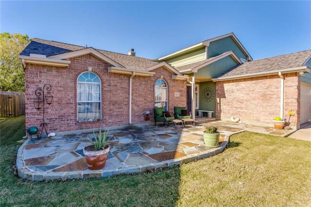 609 Creekview Drive, Burleson, TX 76028 (MLS #13732801) :: The FIRE Group at Keller Williams