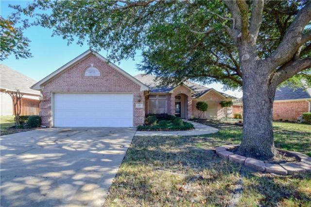 1132 Highcrest Drive, Burleson, TX 76028 (MLS #13733728) :: The FIRE Group at Keller Williams