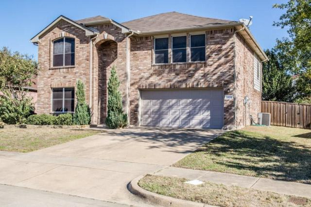 7203 Lake Jackson Drive, Arlington, TX 76002 (MLS #13734655) :: The Rhodes Team