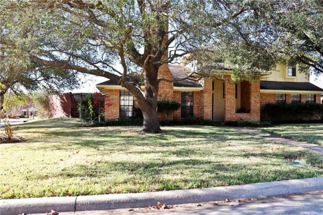 801 Lake Meadows Circle, Rockwall, TX 75087 (MLS #13738107) :: RE/MAX Landmark