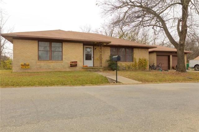 123 E Division Street, Pilot Point, TX 76258 (MLS #13740552) :: Team Hodnett