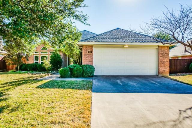 920 Dallas Lane, Lewisville, TX 75067 (MLS #13742852) :: Henegar Property Group -- Keller Williams Realty