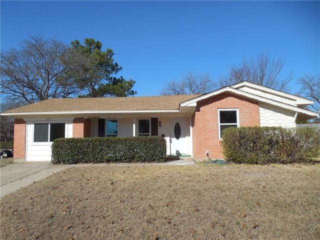 417 W Vista Drive, Garland, TX 75041 (MLS #13742979) :: Carrington Real Estate Services